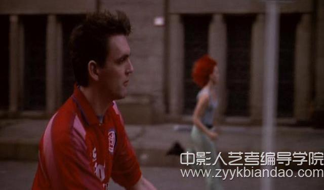 电影《罗拉快跑》三原色.jpg