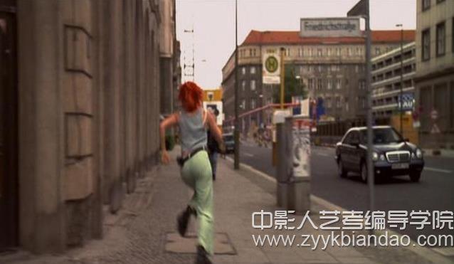 电影《罗拉快跑》中的颜色.jpg