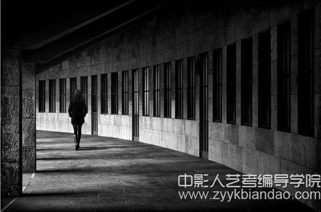 黑白摄影作品.jpg